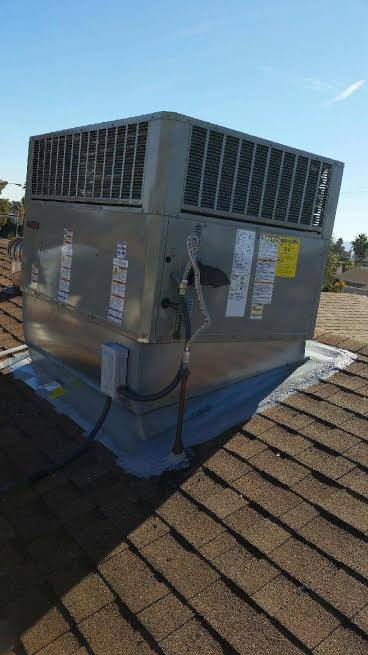 Air Supply Trane Gas Pack Roof Package Unit 13 SEER 410A High Efficiency Unit