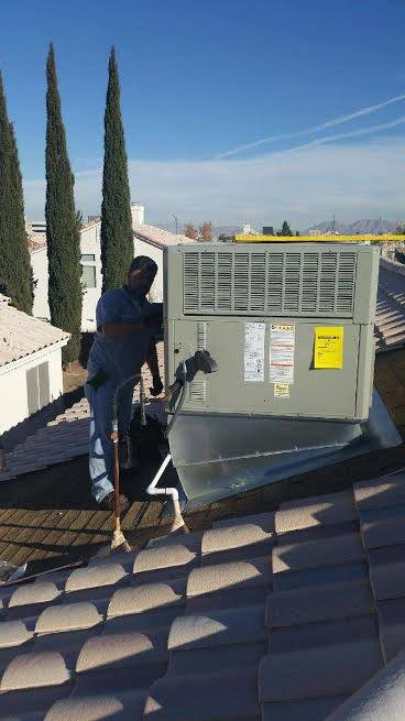Air Supply Trane Gas Pack Roof Package Unit 14 SEER 410A High Efficiency Unit 1
