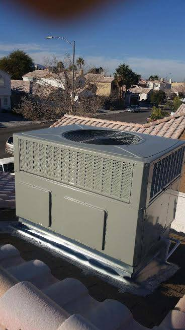 Air Supply Trane Gas Pack Roof Package Unit 14 SEER 410A High Efficiency Unit 3